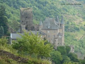 castle-middle-rhine.