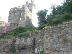 castle-middle-rhine2.